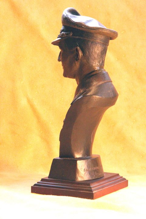Wolfgang Falck bust~MUST SHIP VIA PRIORITY MAIL 3-DAY-3069
