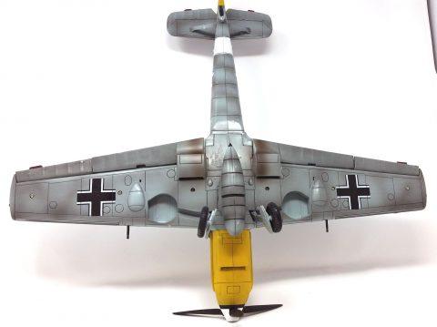 21st Century 1:18 static model Bf 109-3215